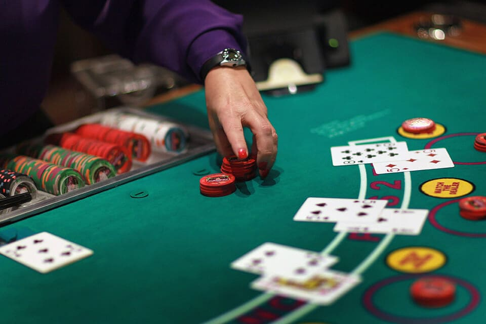Here Are The Ultimate Reasons Why You Should Start Playing Online Casino Now!